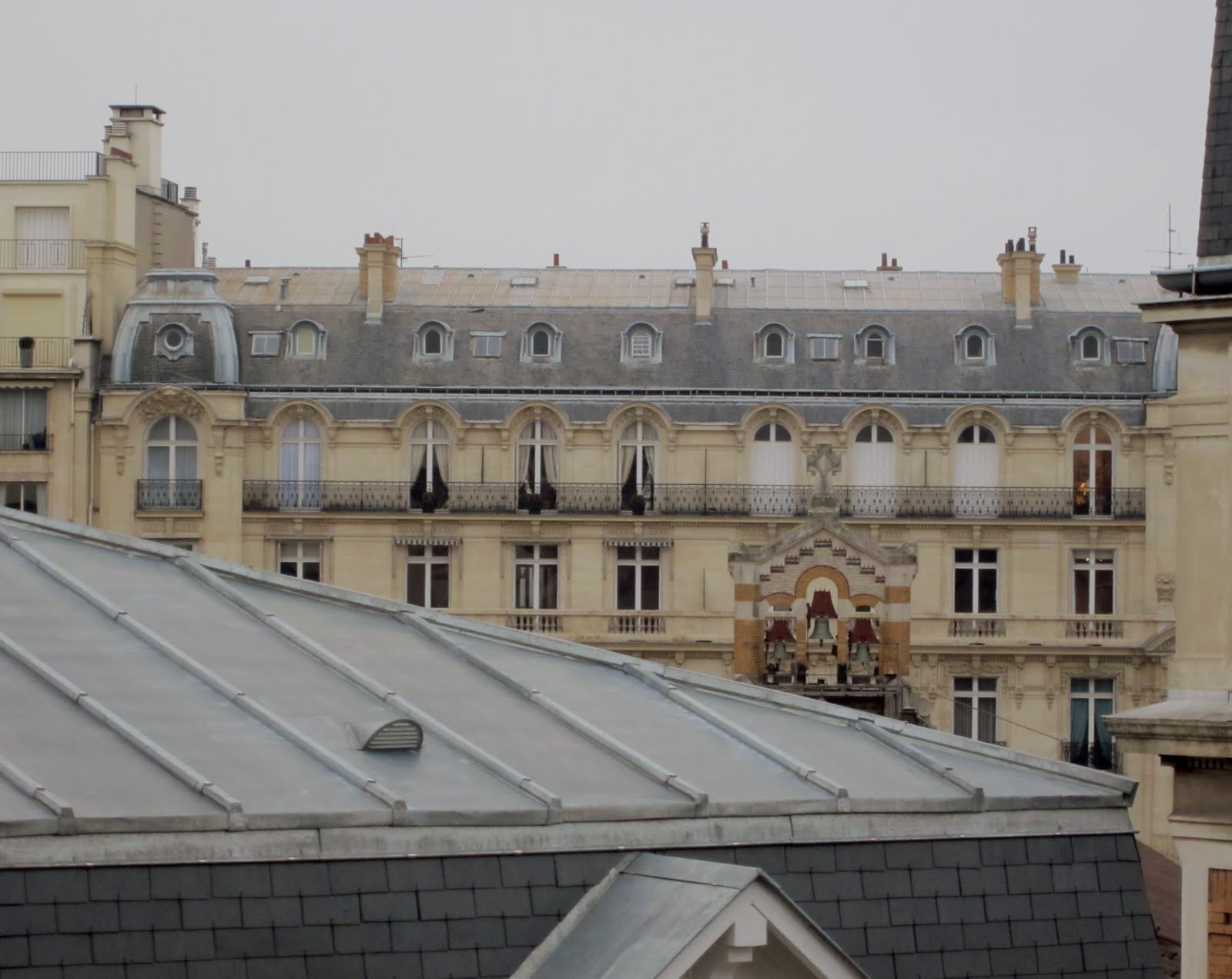 polly vous francais the rooftops of paris. Black Bedroom Furniture Sets. Home Design Ideas