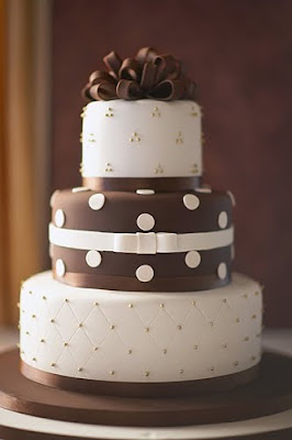 RI wedding cake