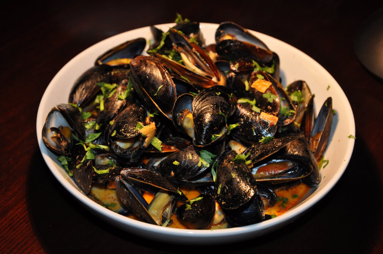 Slice of Rice: Thai Red Curry Mussels
