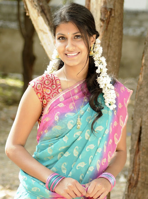 sherya dhanwanthary in saree beautifull look hot images