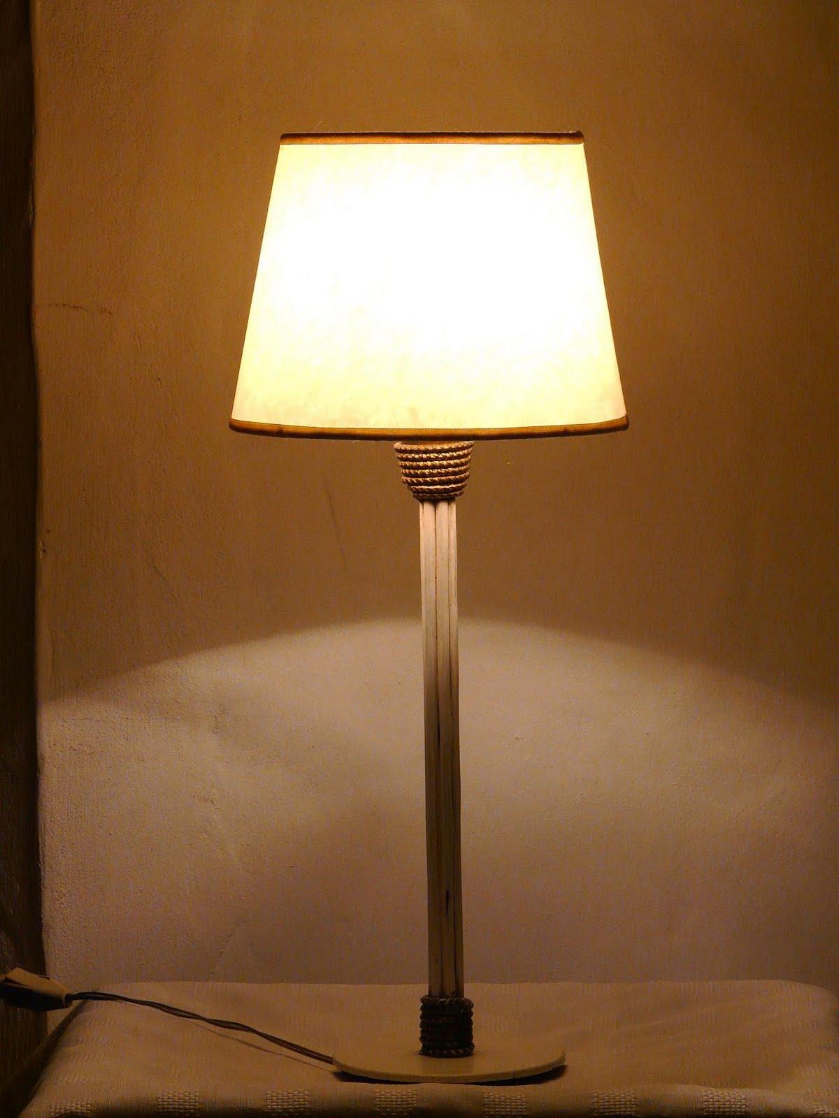 Pantallas magenta l mparas de mesa - Pantallas de lamparas de mesa ...