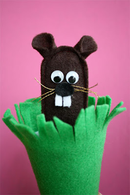 iLoveToCreate Blog: Groundhog's Day Pop-Up Puppet
