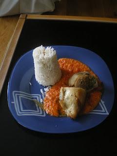 Muslos de pollo rellenos con verduras