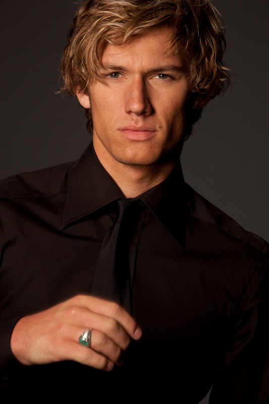 alex pettyfer for burberry. alex pettyfer picture.
