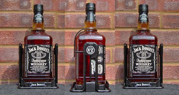 Jack Daniels Cradle Pourer