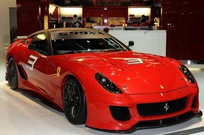 El auto Ferrari 599XX tiene