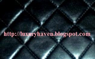 chanel quilted diamond or herringbone pattern