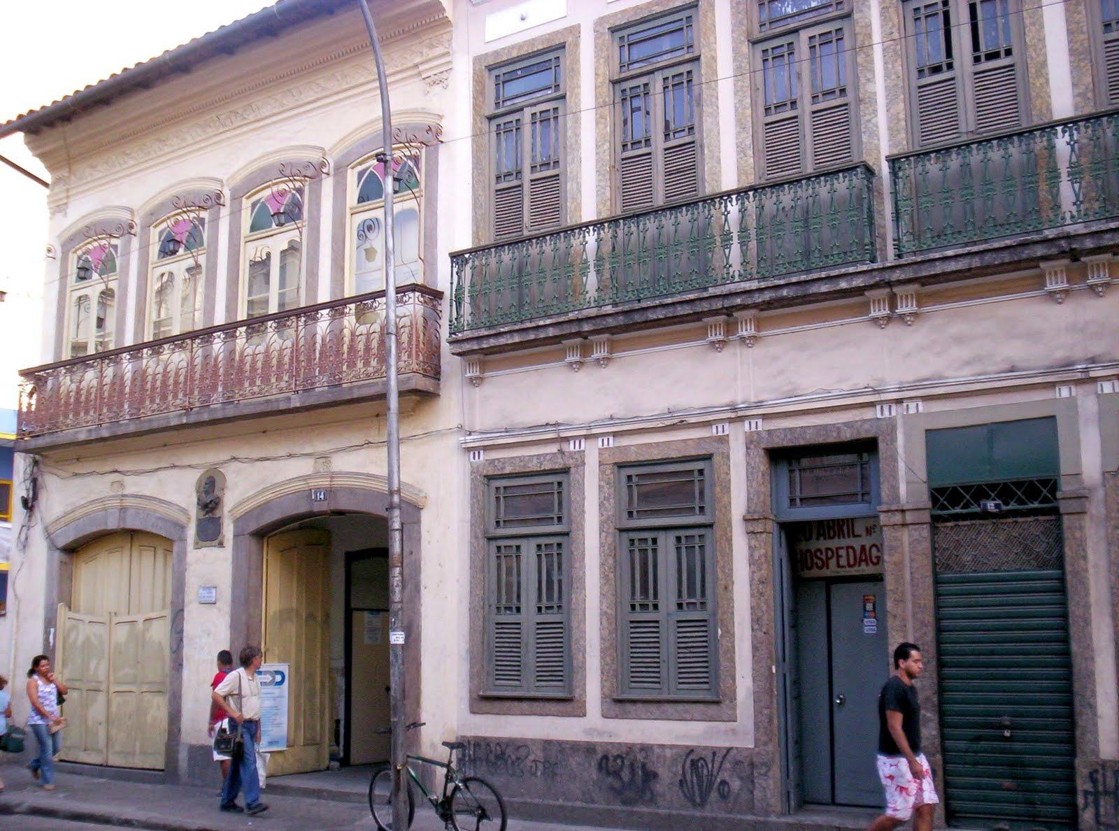 #51527A  Fotos De Janelas Portas Madeira Em Bento Ribeiro Rio Janeiro Tattoos 592 Janelas Em Madeira Rio De Janeiro