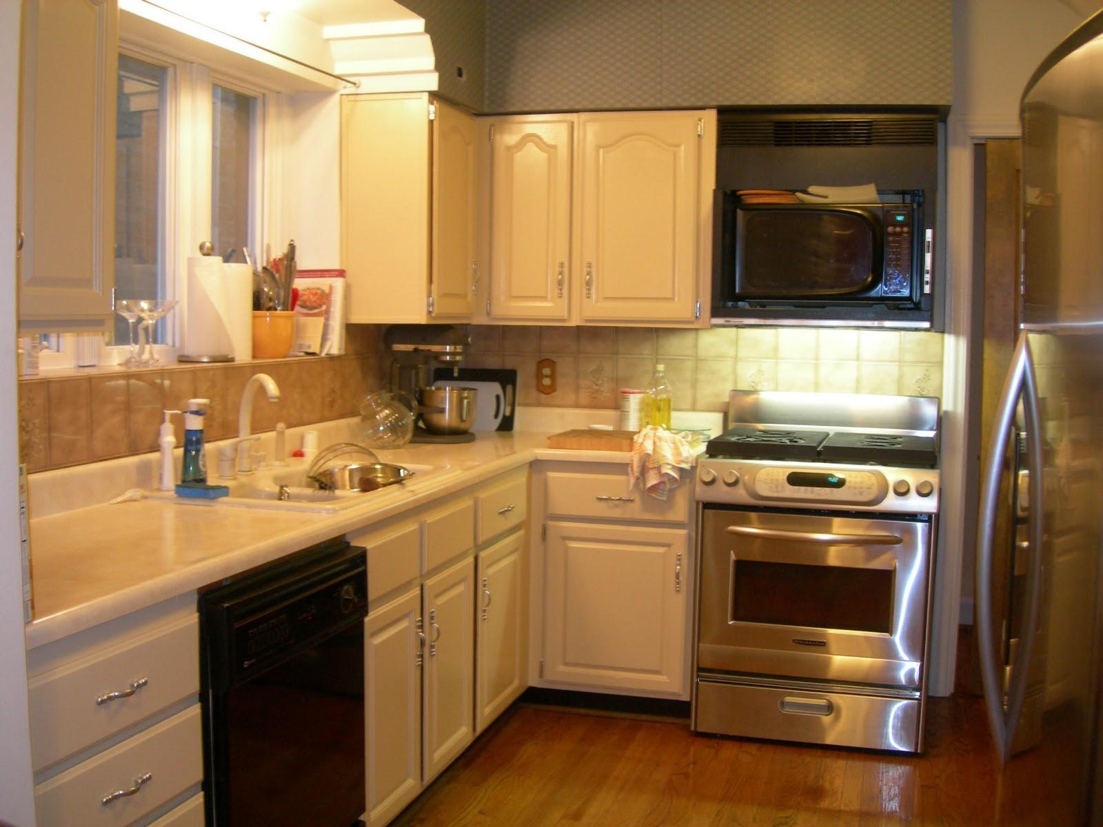 Square Kitchen Layout