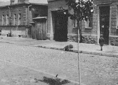 Holodomor_Kharkiv_1933+%25289%2529.jpg