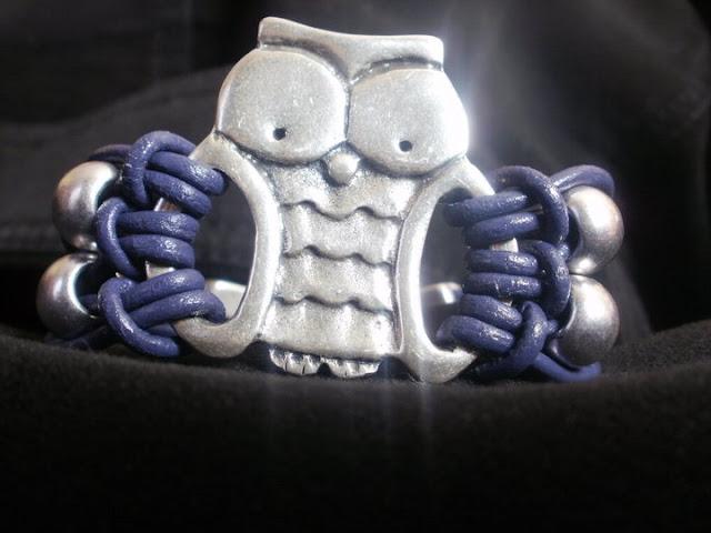 pulseras y collares artesania en cuero. pulseras collares y demas
