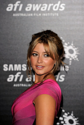 Holly Valance Hot Photo