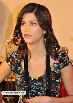Shruti Hasan Hot photo