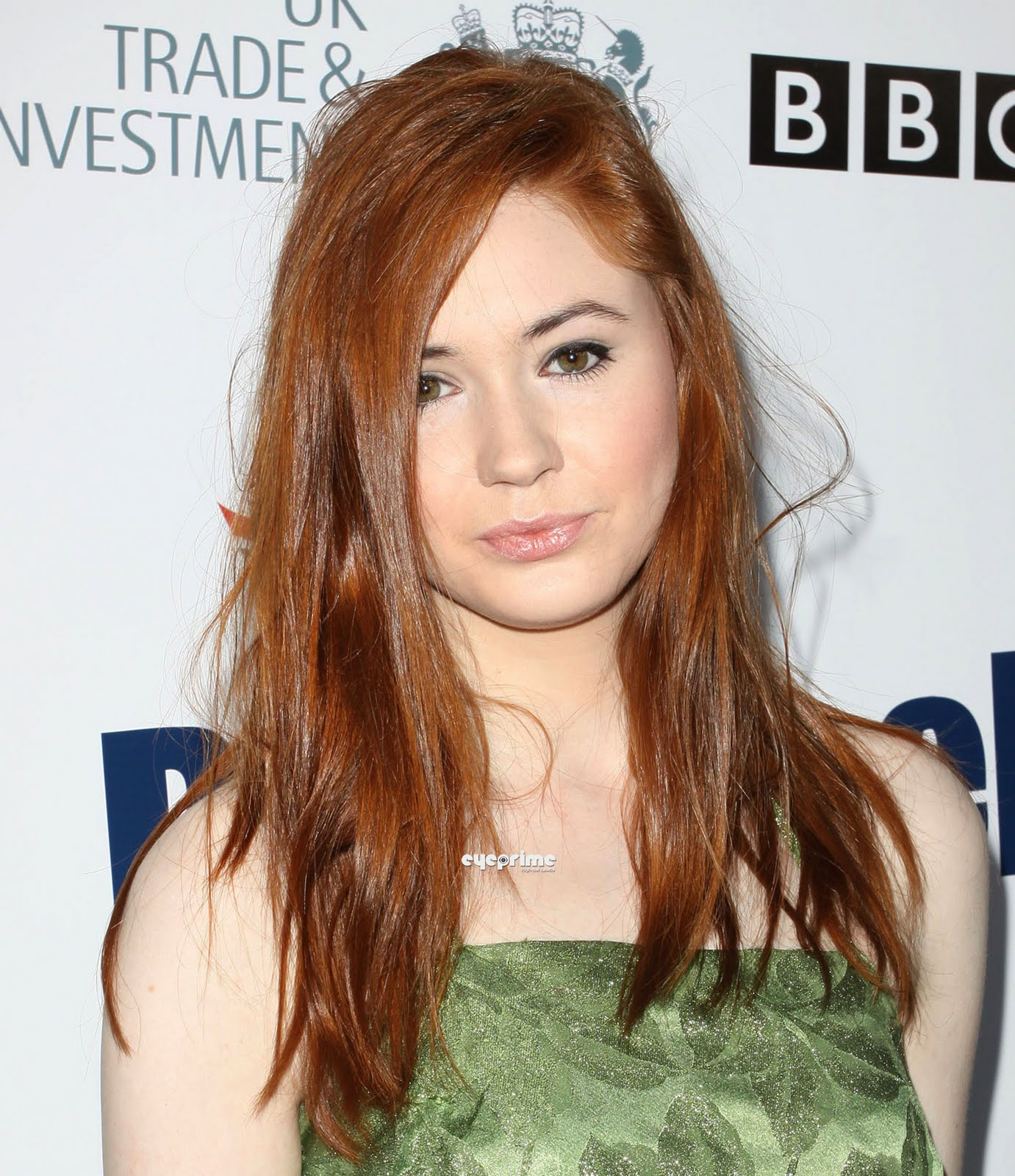 Karen Gillan Photo   Red Launch