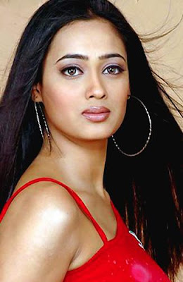 Hot Pics Of Shweta Tiwari
