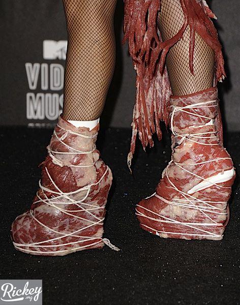 lady gaga meat dress smell
