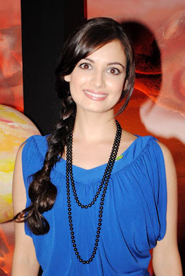 Diya Mirza looking cute in blue outfit with Moti Chian