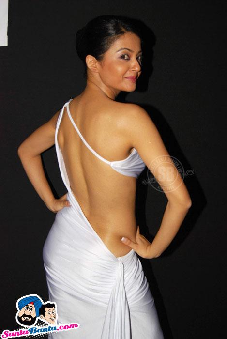 Surveen+chawla+hot+videos
