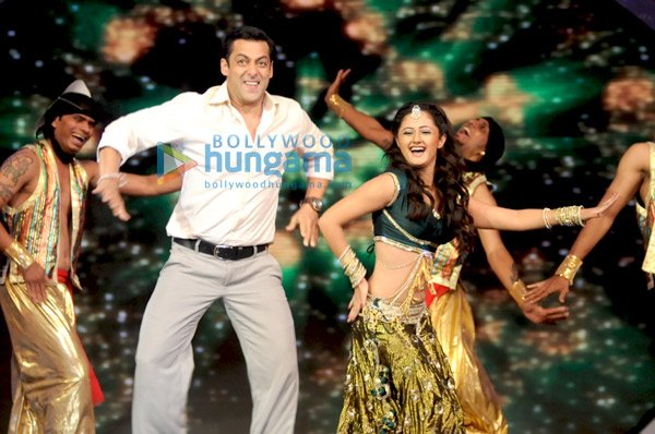salman khan attend on india's got talent TV show