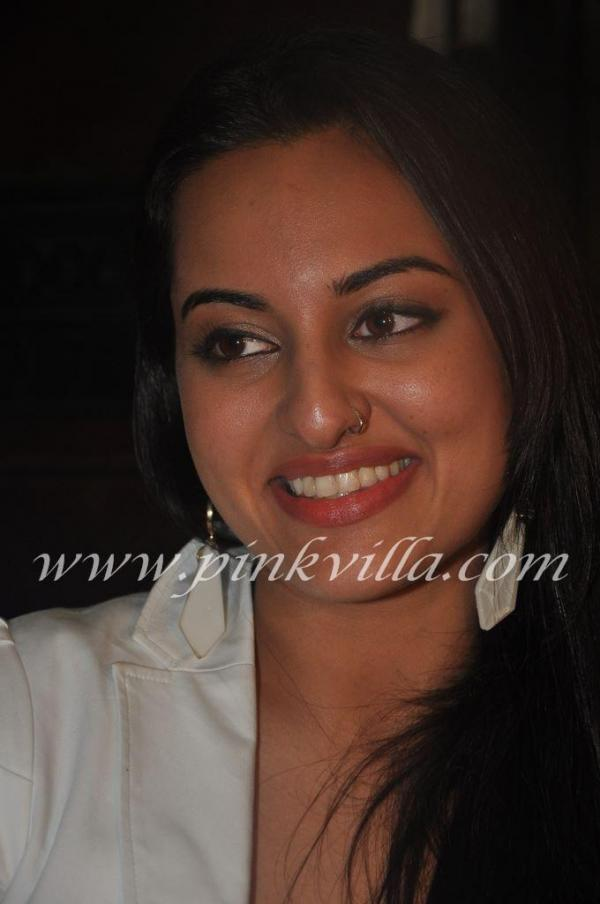 Sonakshi Sinha paste copy of Reena Roy – just like Ctrl C & Ctl VSonakshi Sinha paste copy of Reena Roy – just like Ctrl C & Ctl V