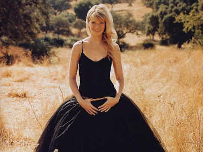 Gwyneth  paltrow,American actress