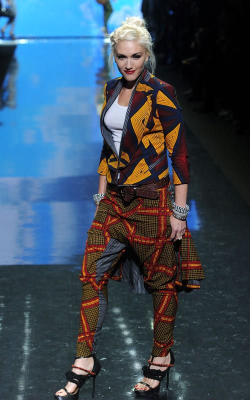 gwen stefani hair commercial. GWEN STEFANI 2011 COMMERCIAL