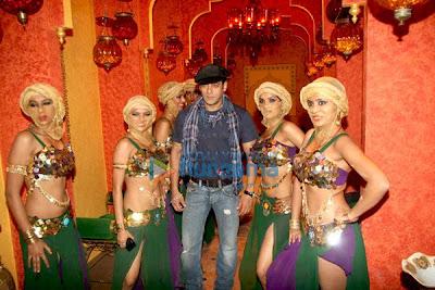 Salman khan on the set of