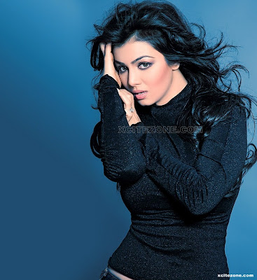 Ayesha Takia Naughty but pretty photo shoot
