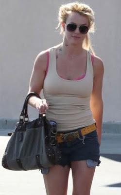 Britney Spears Neck Tattoos Photos