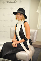 Nicole Richie Promoting Collections In Calgary