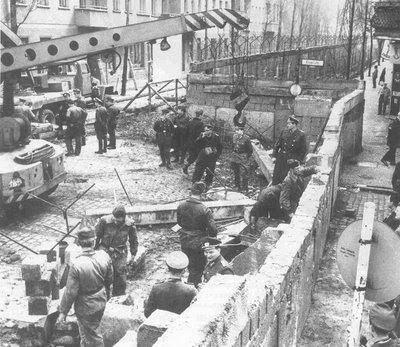 Construccion Muro de Berlin