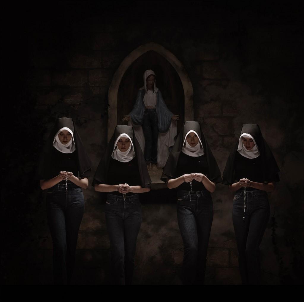 [The++Four+Nuns+i+Jeans.jpg]