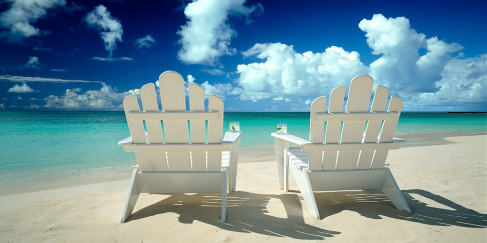 [chairs+on+beach.jpg]