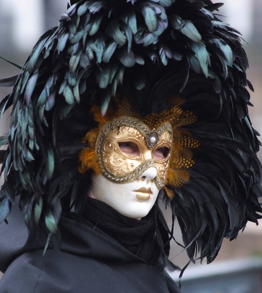 [Avant_Garde_1_Mask.jpg]