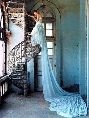 [Avant+Garde_1_Stairway+gown.jpg]