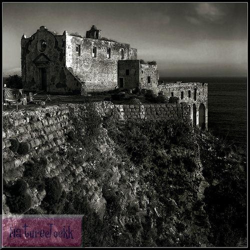 [The+Villa_1_Monestary+on+cliff.jpg]