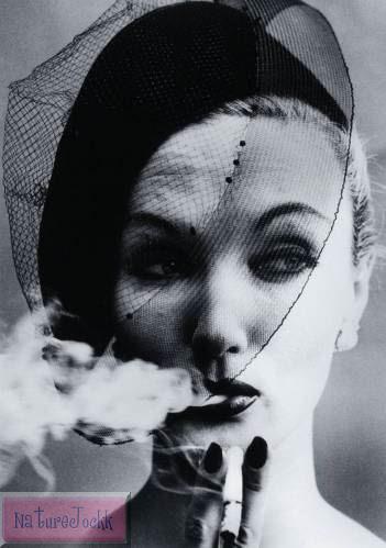 [Veiled+faces_7_William+Klein,+Smoke+and+Veil,+VOGUE,+1958.jpg]