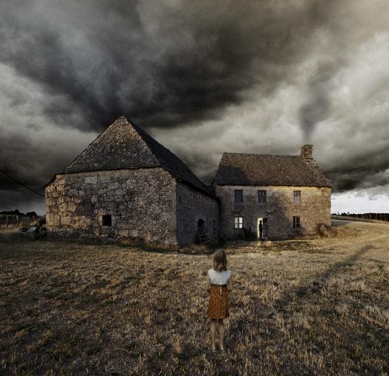 http://2.bp.blogspot.com/_6ANko4sjweM/SwLpdW6MK1I/AAAAAAAAW7E/M6PYYfx14Ro/s1600/Dark+Clouds+over+house.jpg