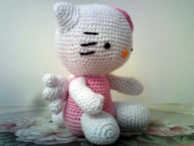 Amigurumi Free Patterns Hello Kitty : Hello kitty angel curly girl's crochet etc.