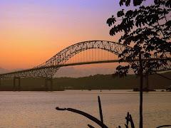 Atardecer en Puente de las Americas