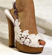 sandalia con tacón Dolce & Gabbana