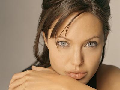 Busco integrantes de clan Ducalti Ws_Angelina_Jolie_2_1024x768-733220