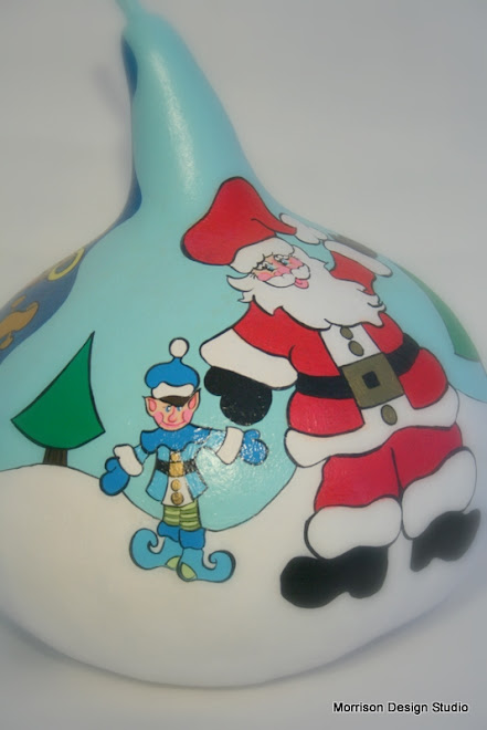 Close up-Santa and Elf