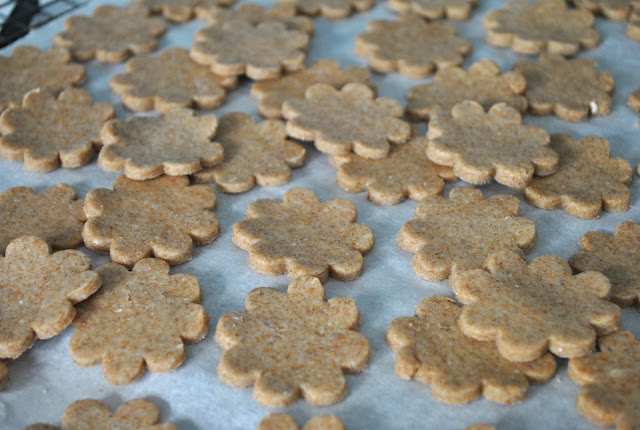 Baking Powders: Swedish rye cookies and vacation