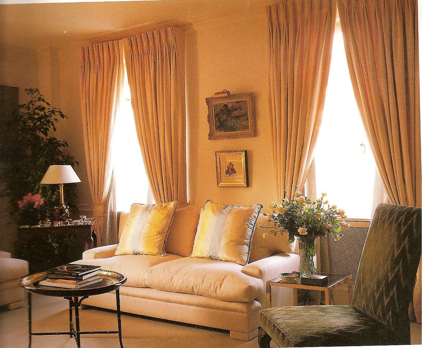 el molde de las cortinas francesas después de tomar las medidas de