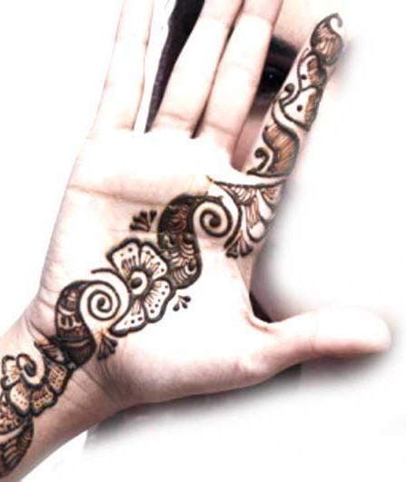 Mehndi Designs Easy Arabic : Pakistan cricket player simple arabic henna design