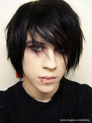 EMO hair style are very popular right now, many people likes those style and