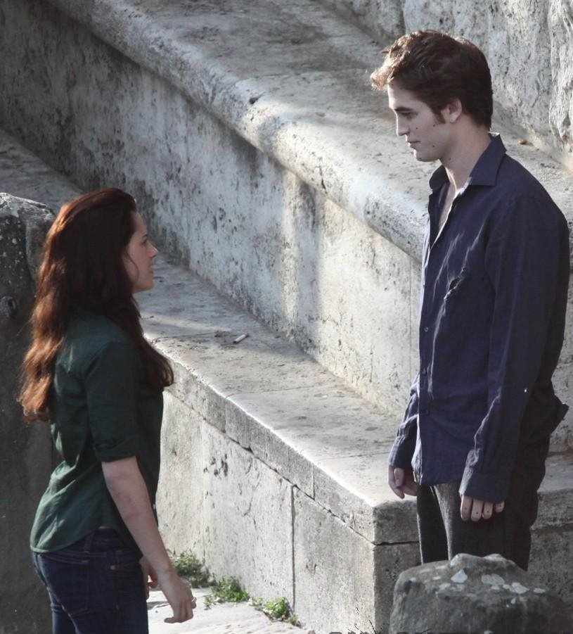 [Edward+and+Bella.jpg]