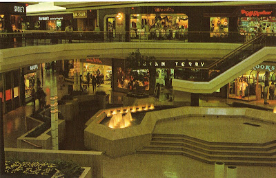 Macy's Westfarms Mall offers a first class selection of top fashion brands including Ralph Lauren, Calvin Klein, Clinique, Estee Lauder & Levis. In addition to shoes and clothing, Macy's has a wide variety of housewares, gifts and furniture in select abpclan.gqon: Westfarms Mall, Farmington, , CT.