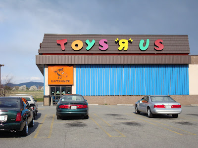 Decrepit Toys&quot;R&quot;Us